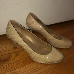 Stuart Weitzman for Russel And Brinkley 8.5 Heels